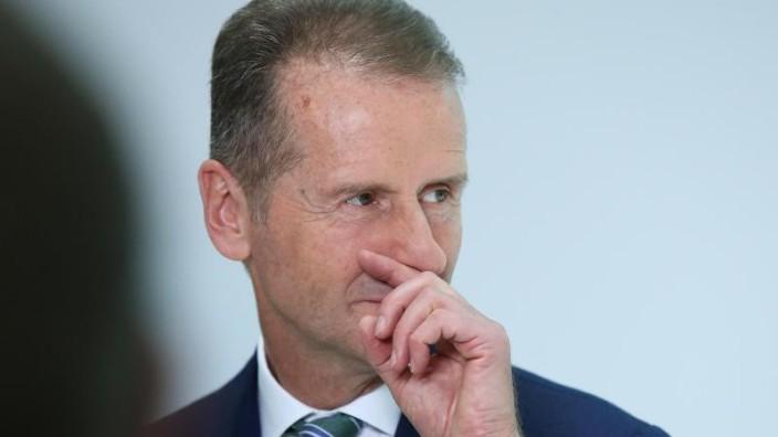 Auto - VW-Chef Diess fordert