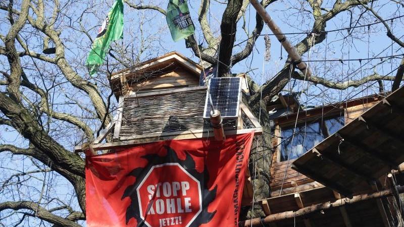 Kohle-Einigung: Aktivisten sollen Hambacher Forst verlassen