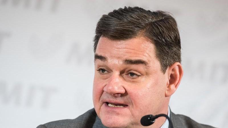 Weinberg: CDU-Spitze ist Hilfe im Wahlkampf