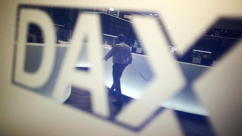 Dax kommt auf hohem Niveau kaum vom Fleck - MDax mit Rekord