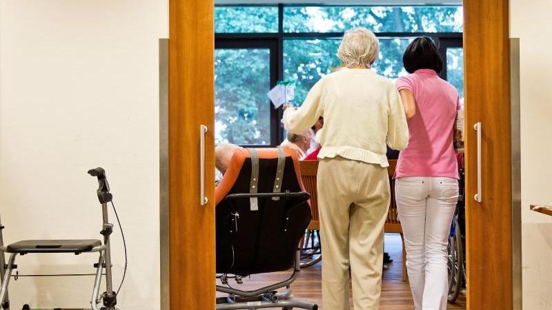 Land will Rolle der Kommunen in der Pflege stärken