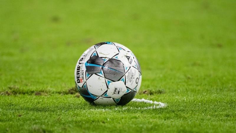 Hannover 96 verpflichtet dänischen Torwart Martin Hansen