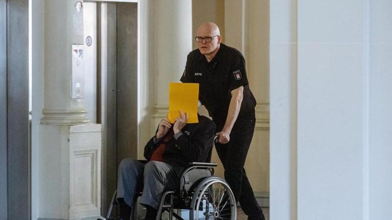 Stutthof-Prozess: Erklärung von Überlebendem erwartet