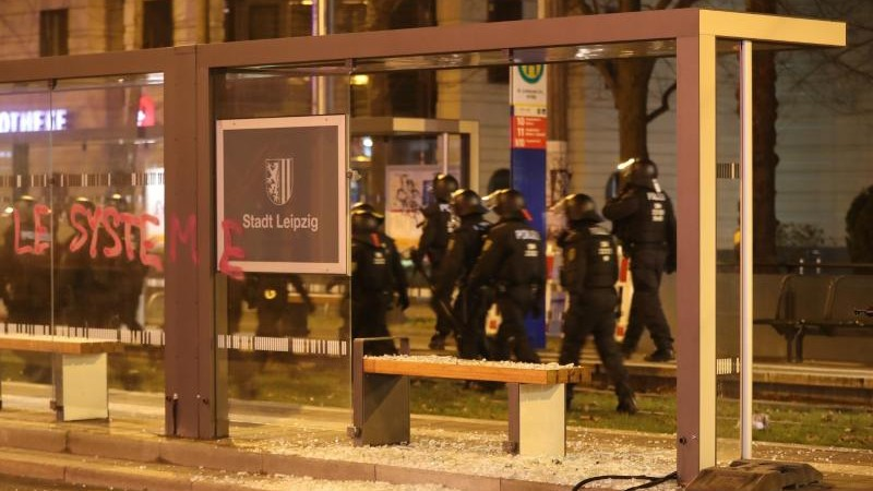 Wöller verurteilt Gewalt bei Indymedia-Demonstration