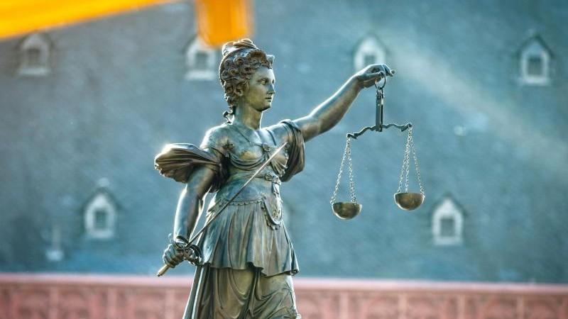 Rüge der Verteidigung ohne Erfolg: Mordprozess geht weiter