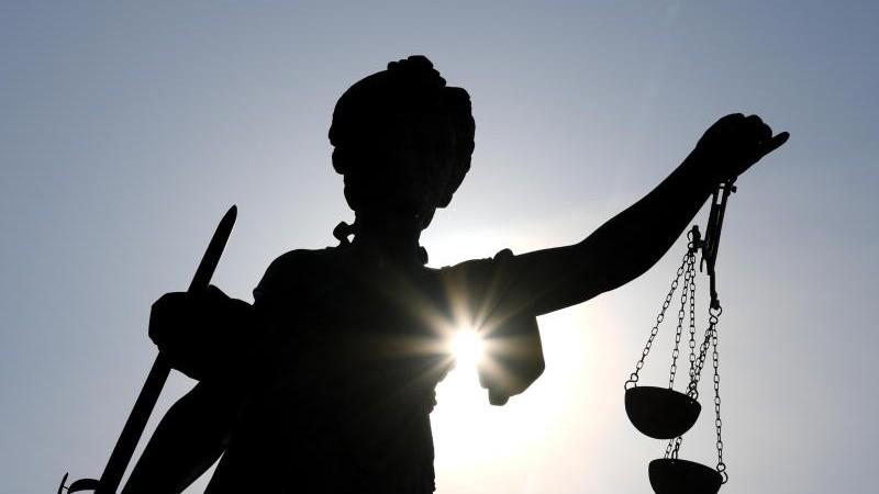 Ärztin nach Tod von Patientin vor Gericht