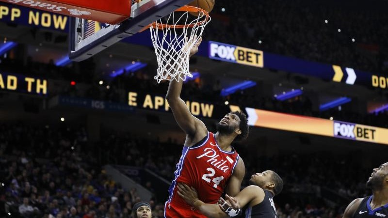 NBA: All-Star Embiid erzielt 24 Punkte in Bryant-Trikot