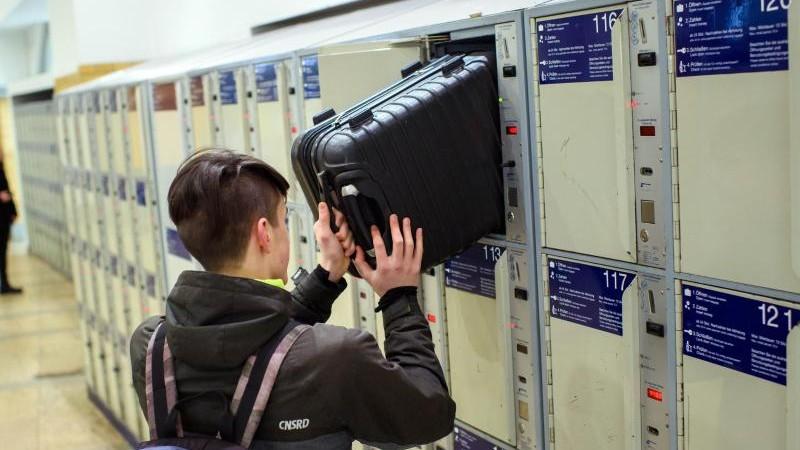 Gepäck-Schließfächer in den Innenstädten von MV gefragt
