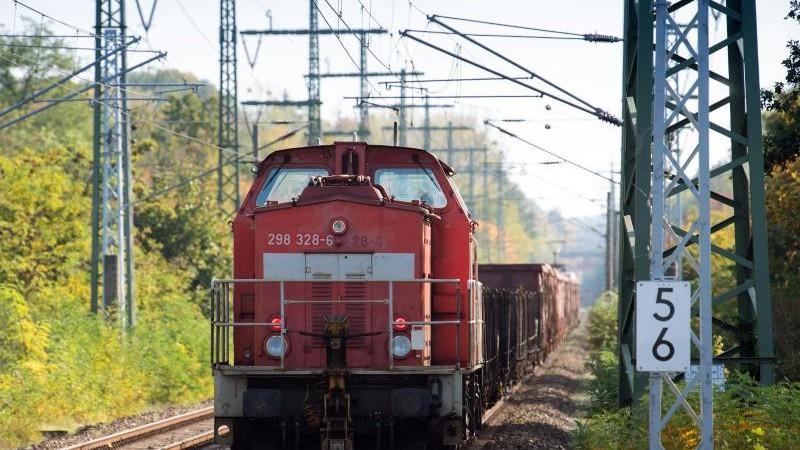 Verkehr - Erfurt - Thüringen will mehr Gütertransport per Bahn