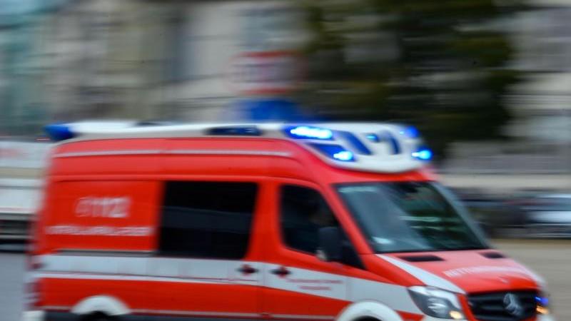 Schlägerei vor Hamburger Fußball-Derby: Zwei Schwerverletzte