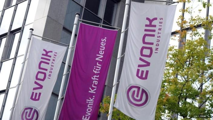 Fußball - Essen - Evonik reduziert Beteiligung an Borussia Dortmund
