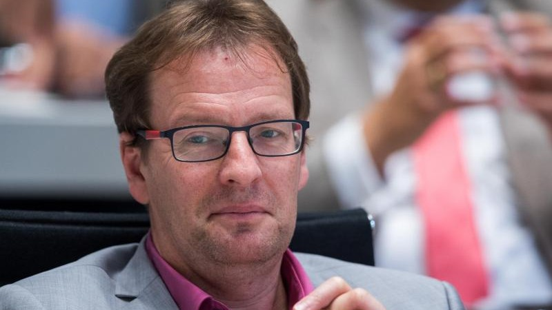 Neuer Chef bei der CDU: Renz kandidiert als Nachfolger