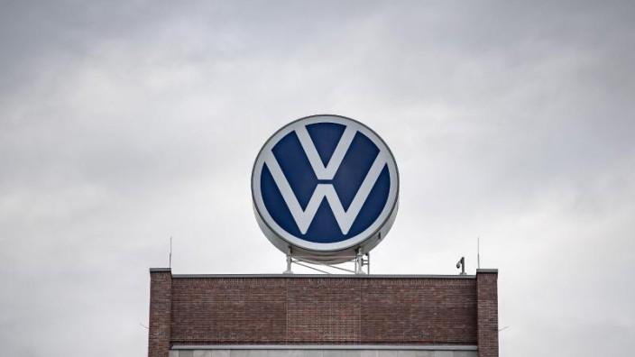 Coronakrise Volkswagen verlängert den Produktionsstopp