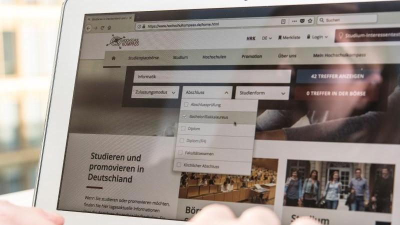 Hochschulen bereiten sich auf digitales Sommersemester vor