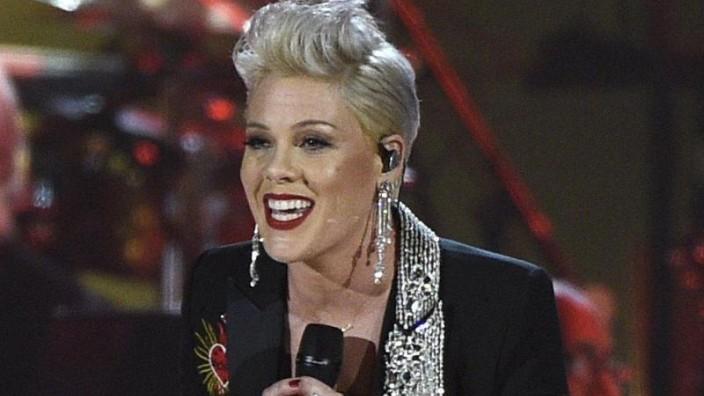 Schock für Pink: Sängerin ist mit Corona infiziert