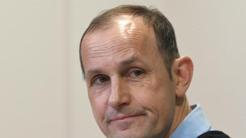 FCA-Coach Herrlich in Risikogruppe: Andere haben es schwer
