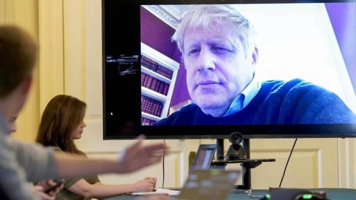 Anhaltende Covid-19-Symptome: Britischer Premier Johnson vorsorglich in Klinik eingeliefert - Politik