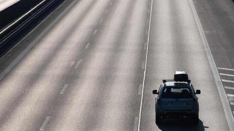ADAC: Verzichtbare Fahrten unterlassen - weniger Verkehr