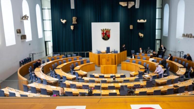 Landtagsfraktionen gegen Erhöhung ihrer Abgeordnetenbezüge