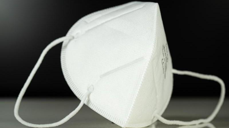 Betrüger liefern Atemschutzmasken nicht: Konto eingefroren