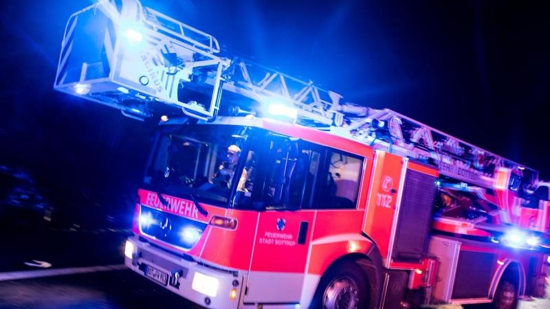 Hoher Sachschaden nach Dachstuhlbrand in Ludwigsburg