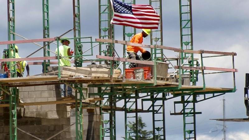US-Arbeitsmarkt erholt sich trotz anhaltender Corona-Fälle