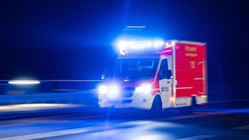 87-Jähriger landet im Schlamm: Nur durch Zufall gefunden
