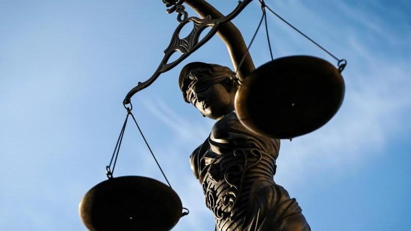 Rezeptfälscher zu hohen Haftstrafen verurteilt