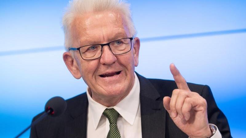 Kretschmann: Wenige Diskriminierungsvorwürfe gegen Polizei