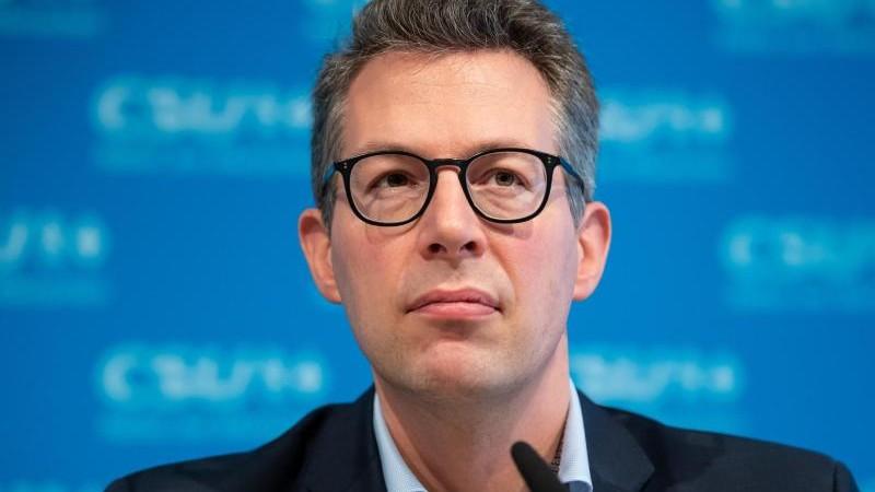 """Blume nennt Scholz-Nominierung """"Wirrwarr statt Wumms"""""""