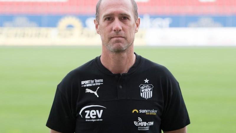 Zwickau-Trainer Enochs hofft auf neuen Stürmer