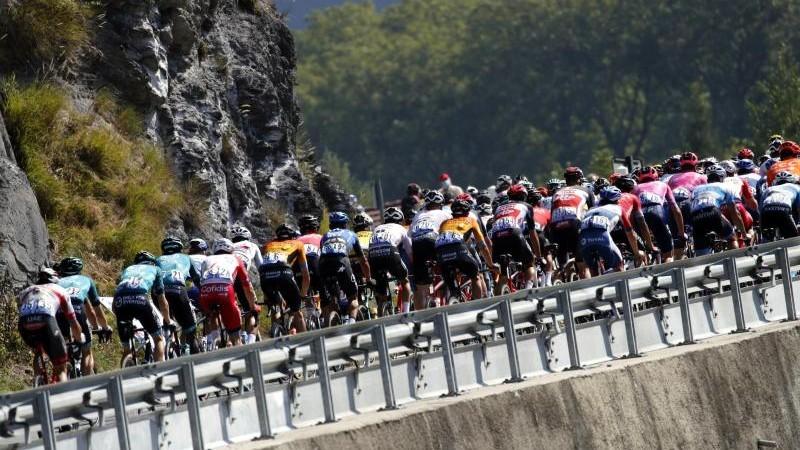 Radsport - Dopingverdacht: Teamchef hält sich Konsequenzen offen