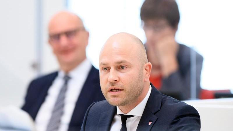 AfD setzt Corona-Untersuchungsausschuss im Landtag durch
