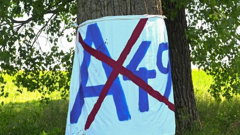 Autobahnausbau-Protest: Aktivisten wollen über A49 radeln