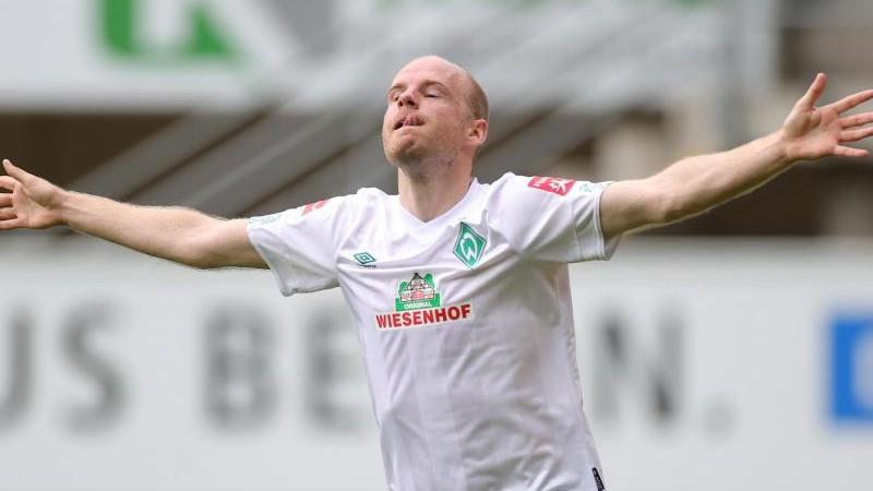 Werder Bremen bestätigt Interesse von Amsterdam an Klaassen
