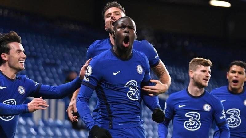 Chelsea übernimmt Tabellenspitze - Fan-Rückkehr in Stadien
