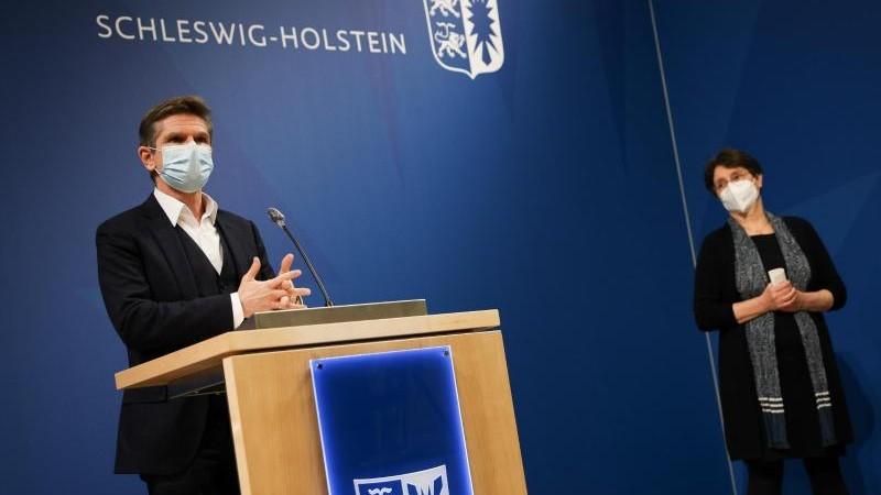 Gesundheit Kiel Schleswig Holstein Rustet Sich Fur Harteren Corona Lockdown Gesundheit Sz De