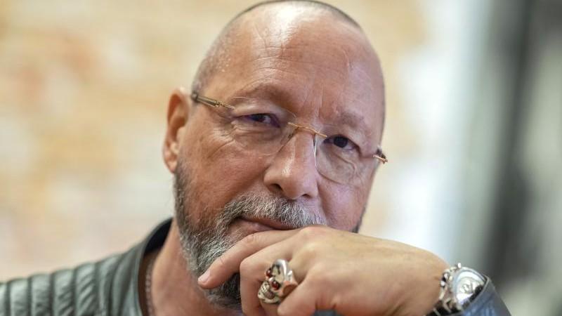 Lautsprecher: Nach SPD-Austritt gründet Uwe Hück Partei