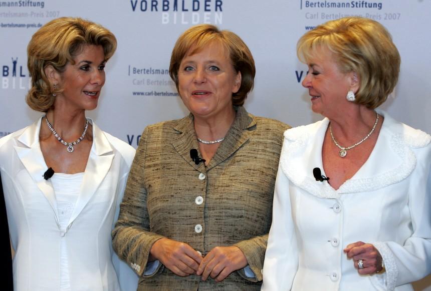 Liz Mohn, Brigitte Mohn, Angela Merkel