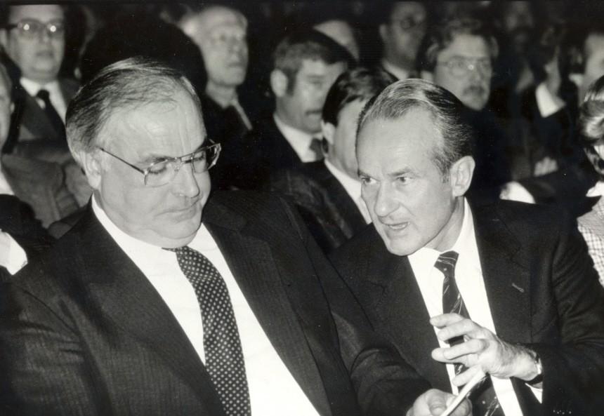 Reinhard Mohn, Helmut Kohl