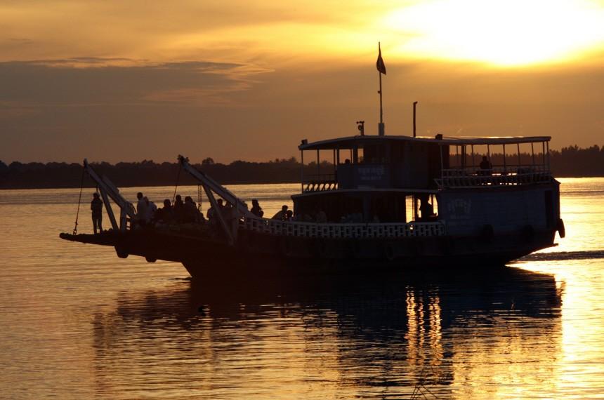 Asien Kambodscha Tonle Sap, Reuters