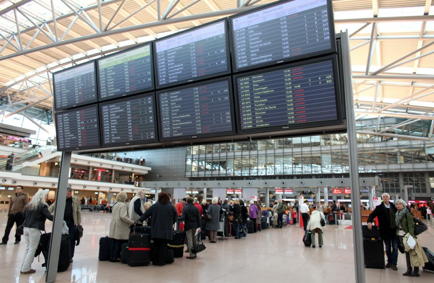 flugsicherheit Körperscanner Flughafen Hamburg, dpa