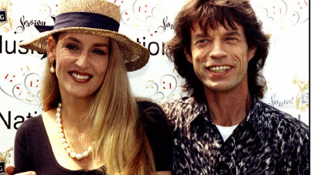 Jerry Hall schreibt über Mick Jagger - Sex, Drugs und Rolling Stone -  Gesellschaft - SZ.de