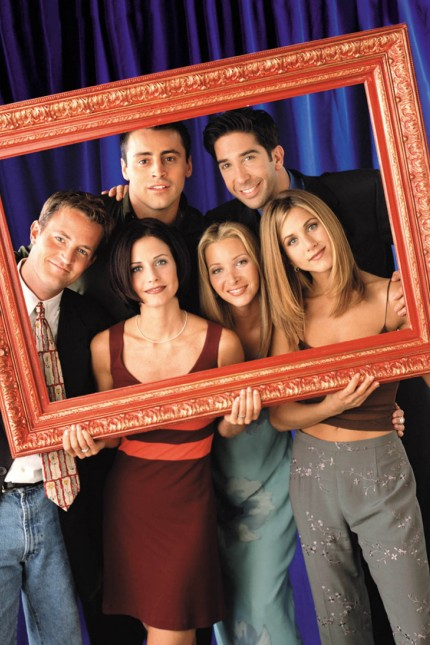 PUBLICITY PHOTO OF CAST OF TELEVISION SERIES FRIENDS