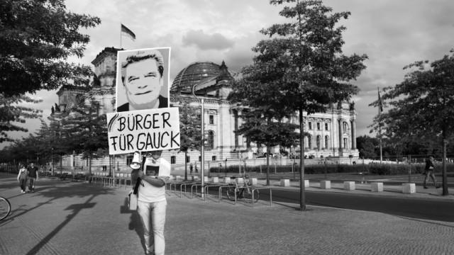 'Bürgerinitiative' für den Kandidaten für das Amt des Bundespräsidenten von SPD und den Bündnis90/Die Grünen, Joachim Gauck; Foto: Regina Schmeken