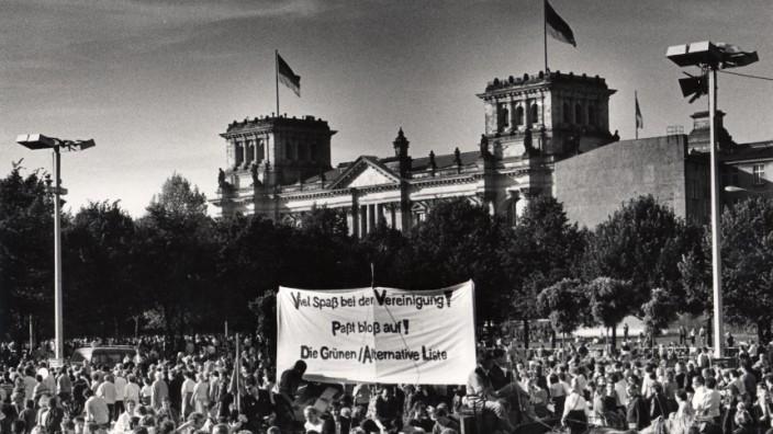 Deutsche Wiedervereinigung, 1990