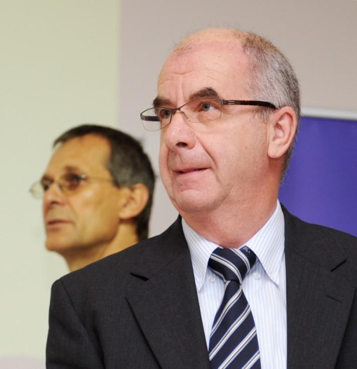 Stuttgart 21 - PK Polizeipräsident Siegfried Stumpf