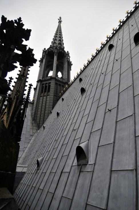 Koelner Dom seit 130 Jahren offiziell fertiggestellt