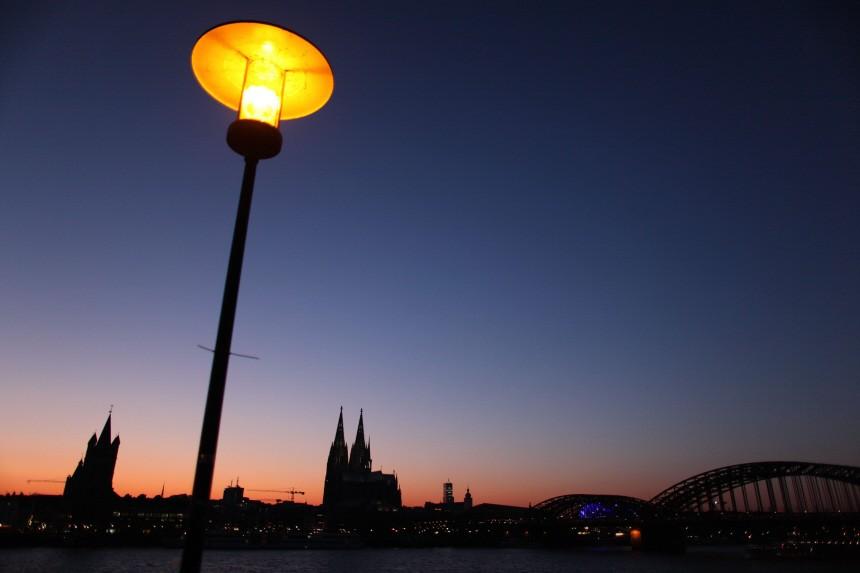Köln in der 'Blauen Stunde'