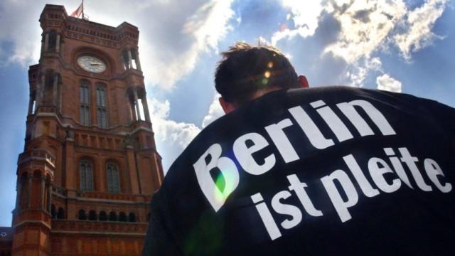 Berlin ist pleite und klagt in Karlsruhe